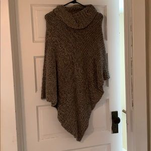 Brown sweater/shawl size S/M